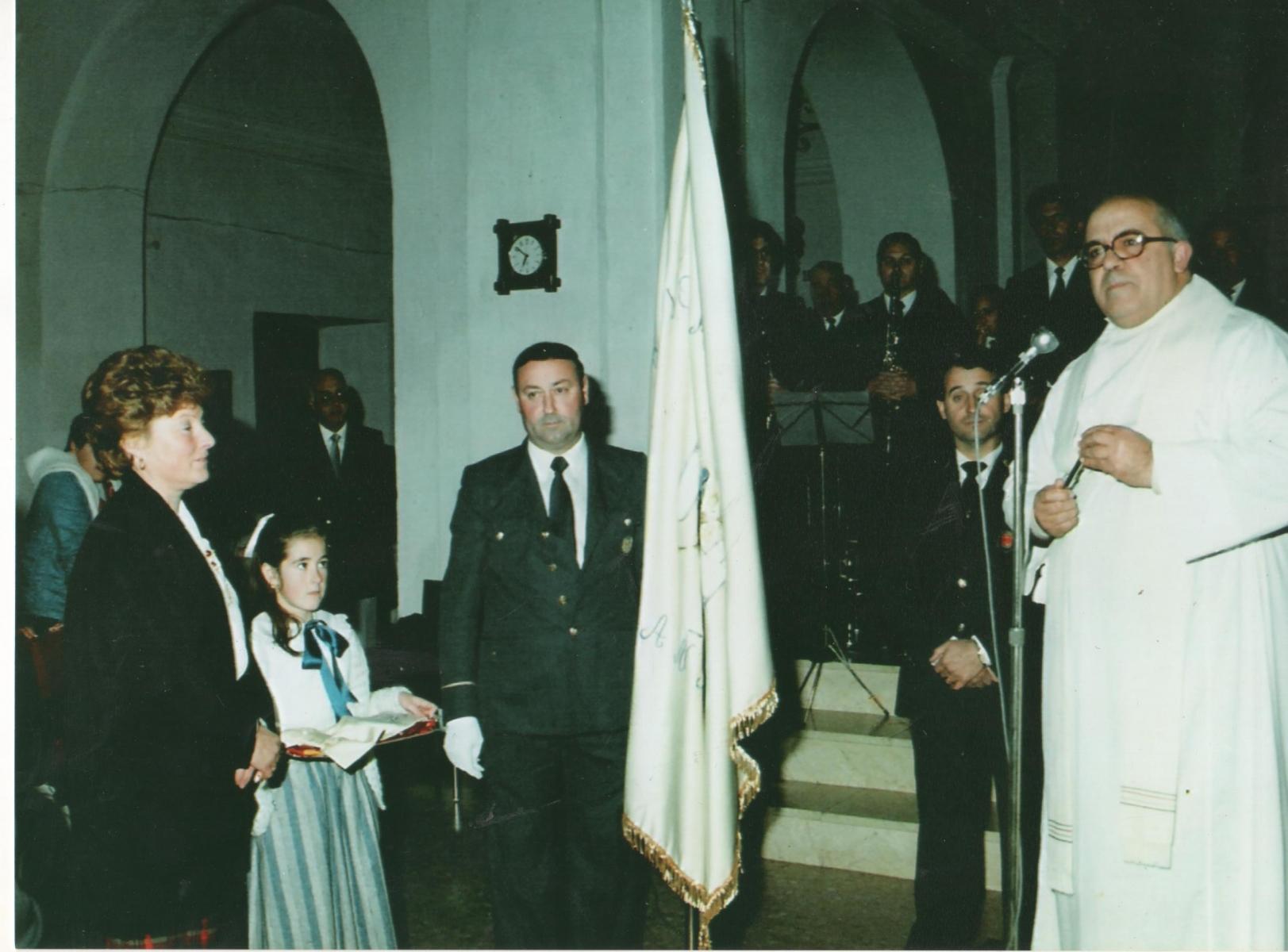 Bendición nueva bandera 1986